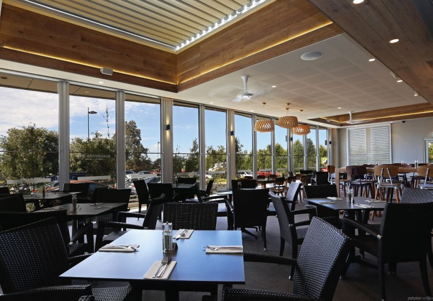 The Grovedale Hotel, Grovedale, VIC. Function Room hire photo #1