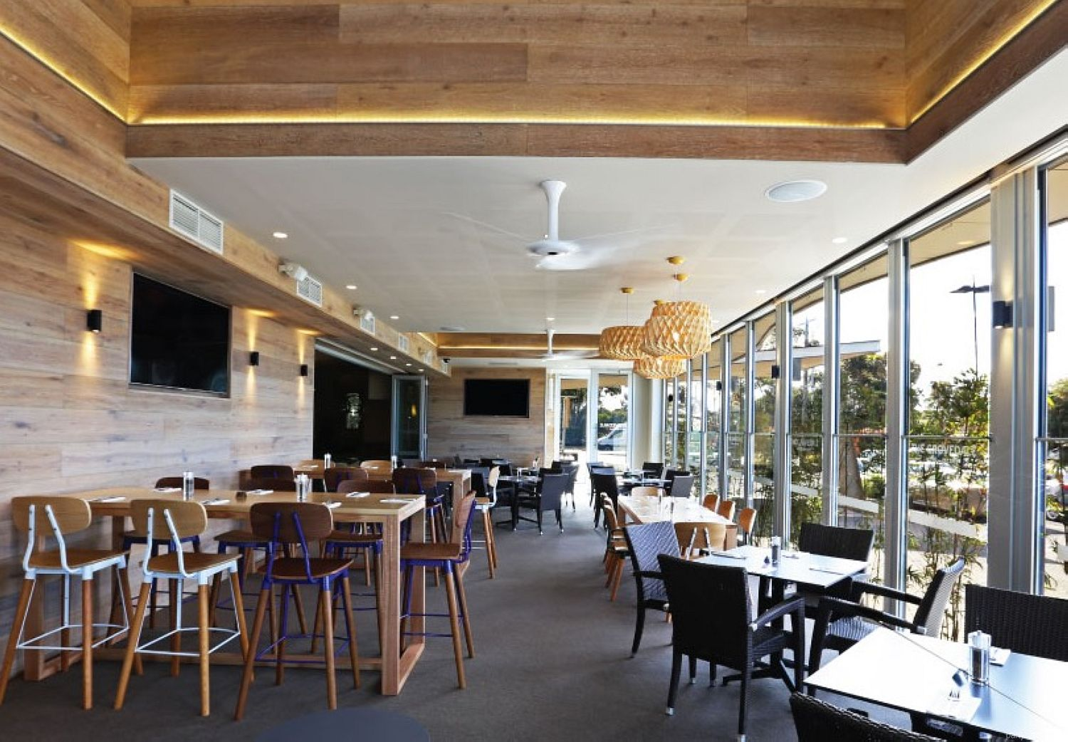 The Grovedale Hotel, Grovedale, VIC. Function Room hire photo #2
