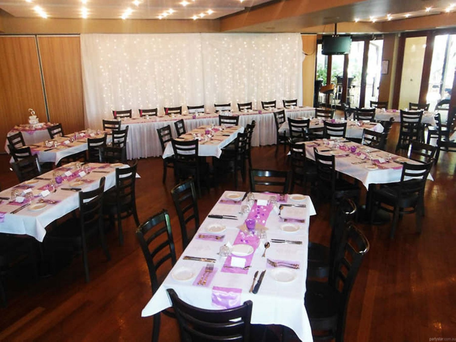Benowa Tavern, Bundall, QLD. Function Room hire photo #2