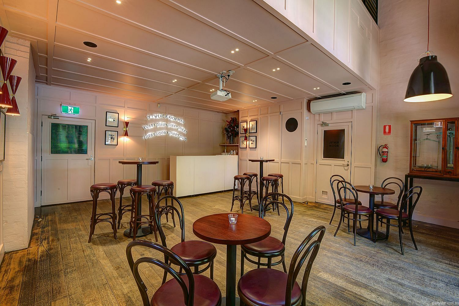 Pepe's Italian, Melbourne, VIC. Function Room hire photo #1