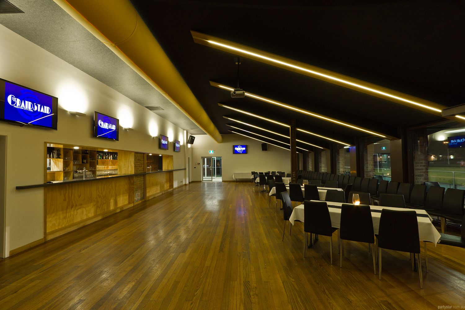 Grandstand Function Centre, Preston, VIC. Function Room hire photo #2