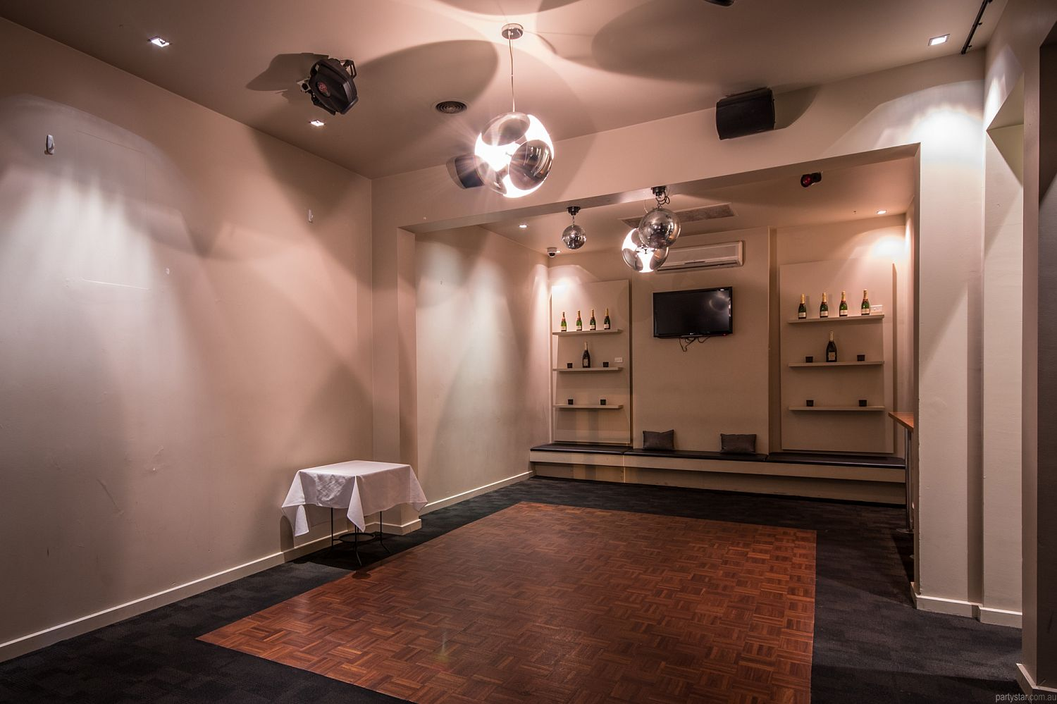 Grosvenor Hotel, St Kilda East, VIC. Function Room hire photo #2
