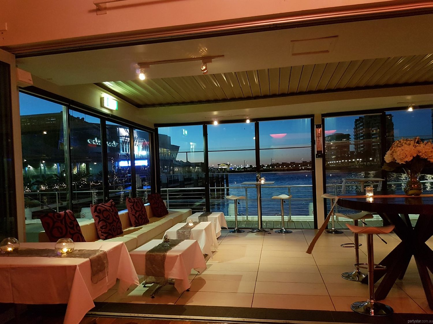 Mr Hobson, Port Melbourne, VIC. Function Room hire photo #1