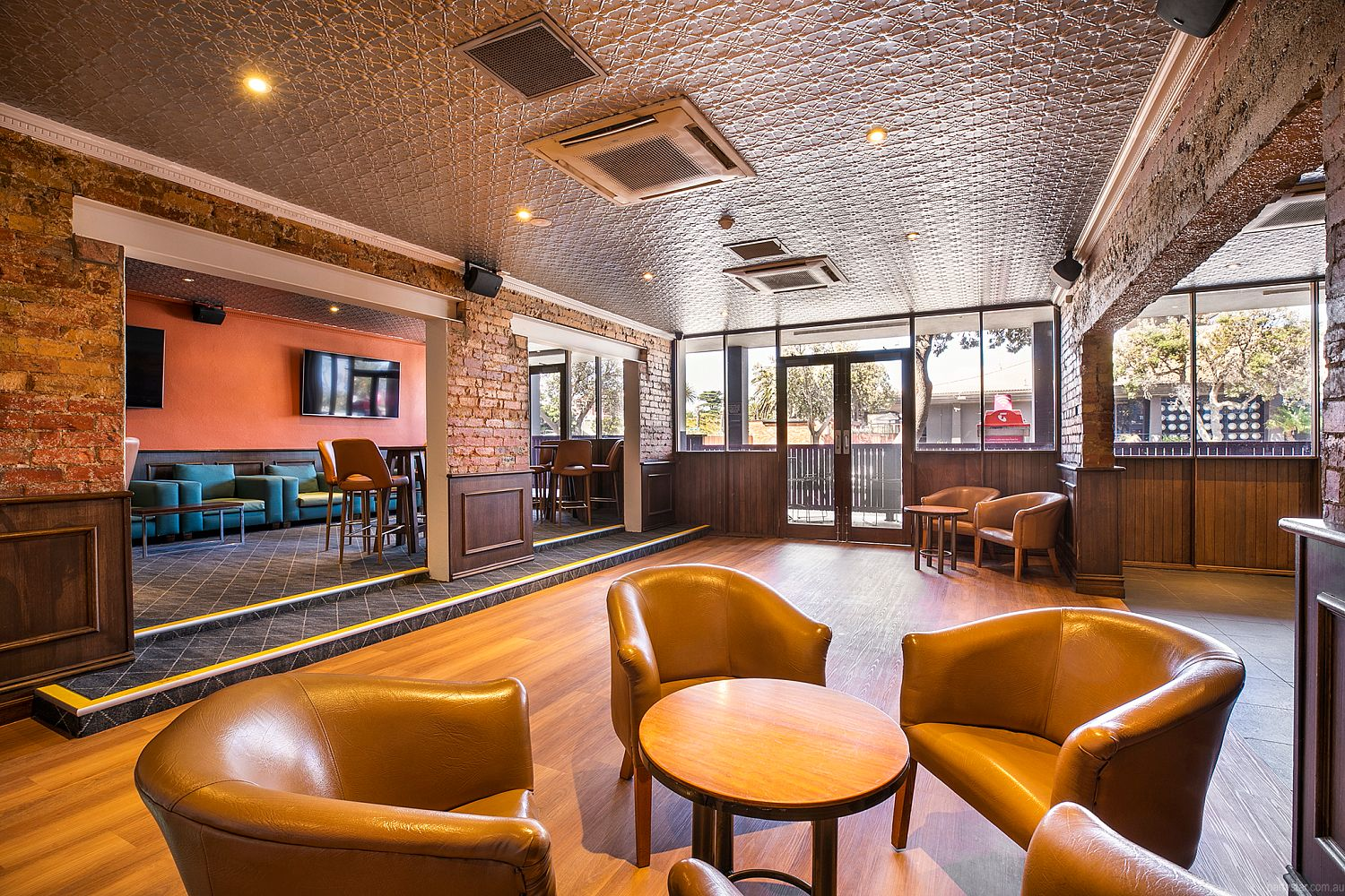The Pier Hotel, Frankston, VIC. Function Room hire photo #3