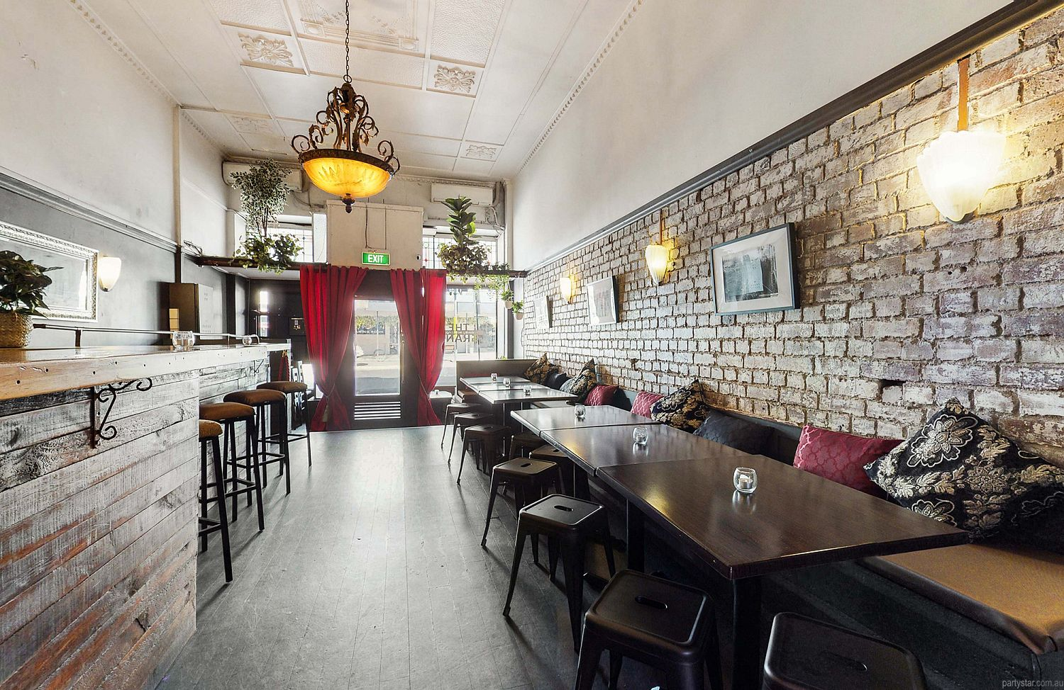 The Grand on Stanley, Woolloongabba, QLD. Function Room hire photo #2