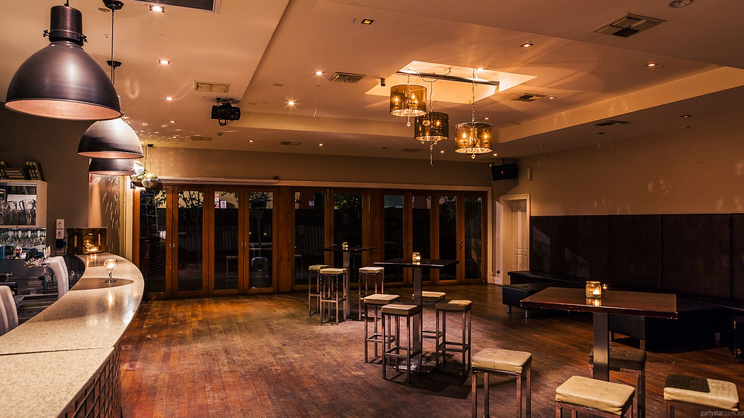 The Kings Head Hotel, Adelaide, SA. Function Room hire photo #4