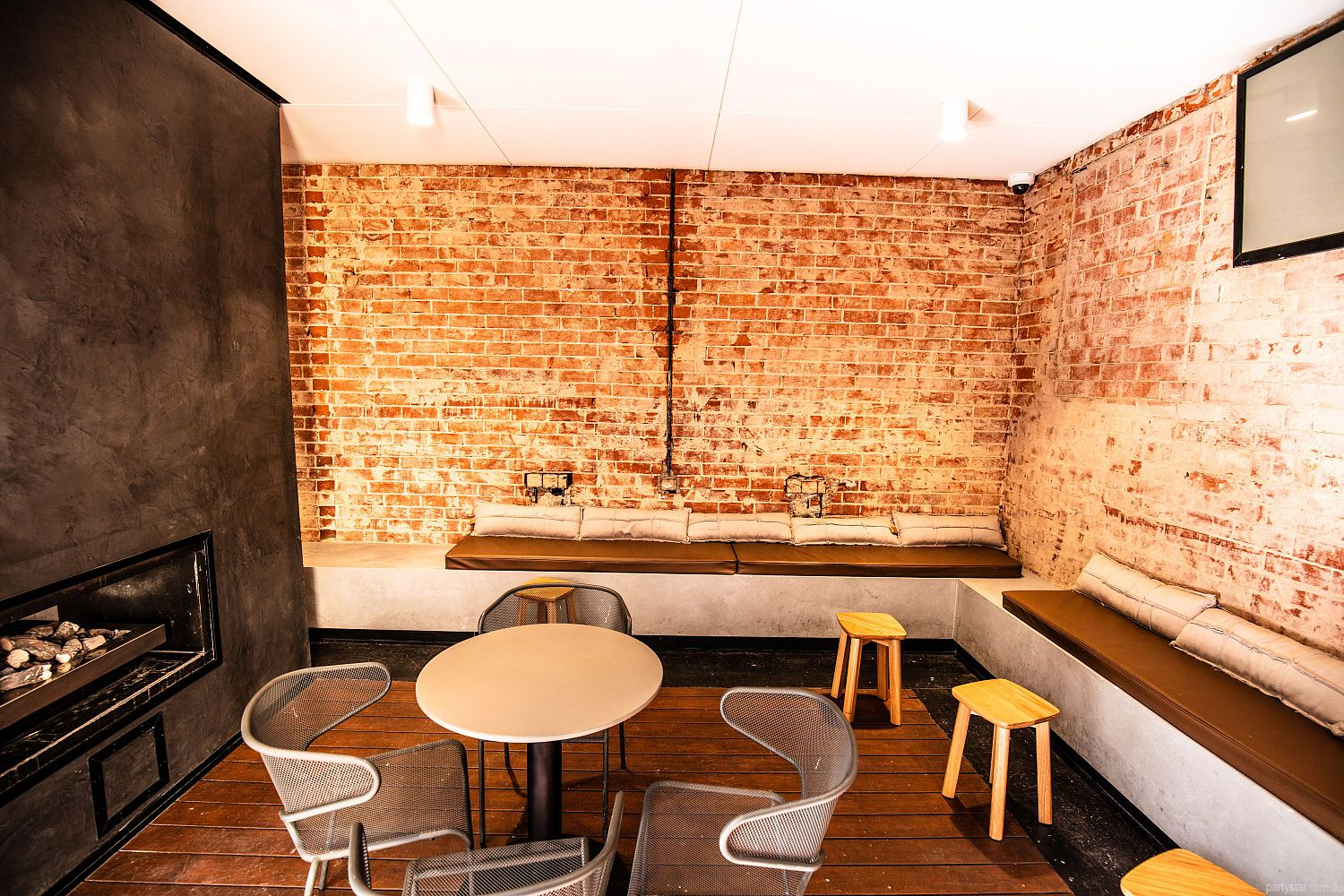 The Strathmore Hotel, Adelaide, SA. Function Room hire photo #1