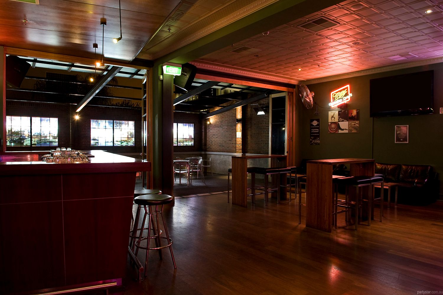 Universal Bar, Northbridge, WA. Function Room hire photo #4