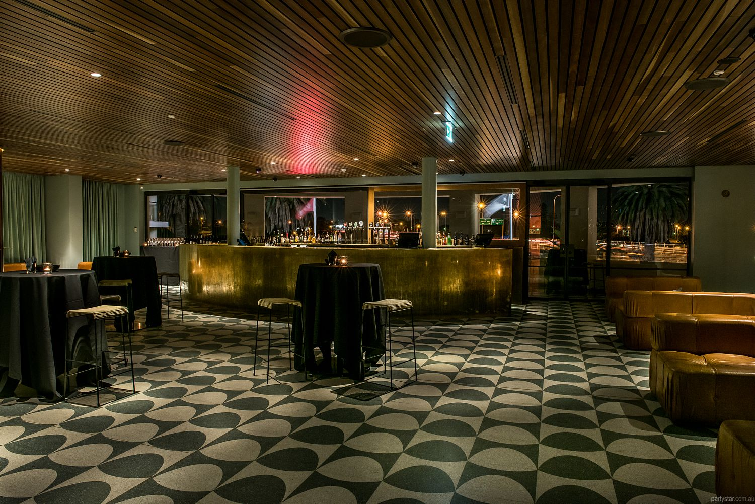 Raffles Hotel, Applecross, WA. Function Room hire photo #1