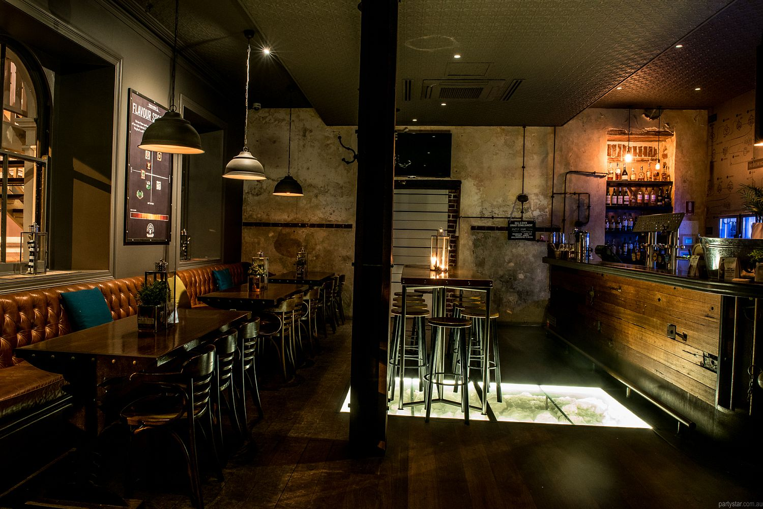 Ball and Chain, Fremantle, WA. Function Room hire photo #2