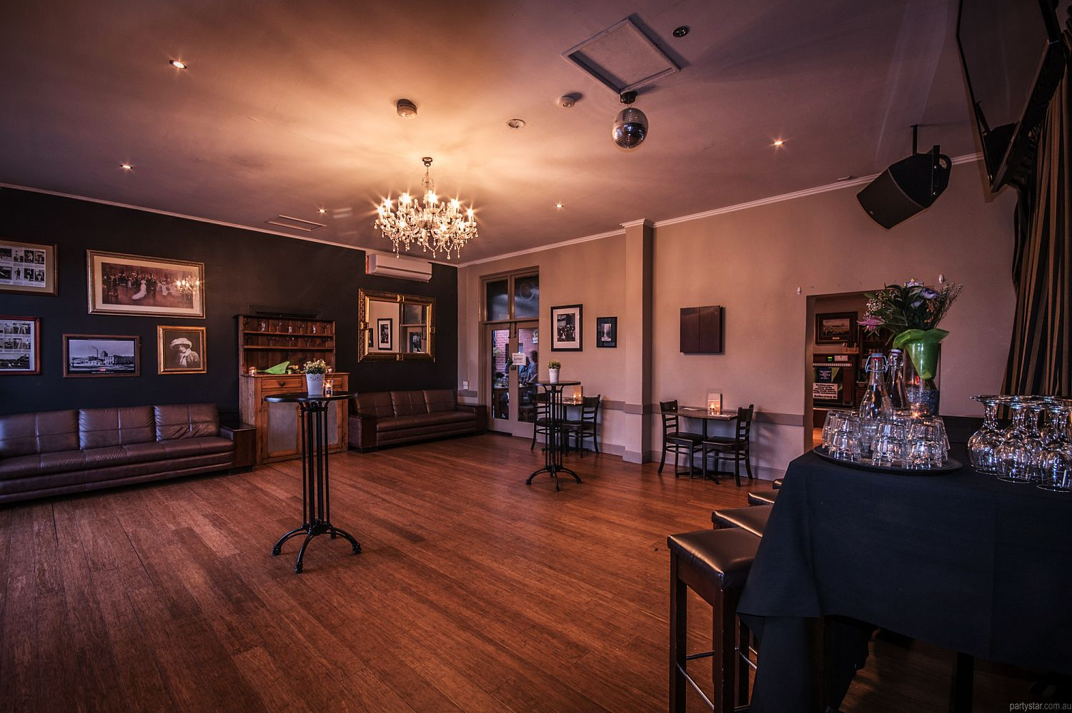 Royal Derby Hotel Function Room In Fitzroy Melbourne