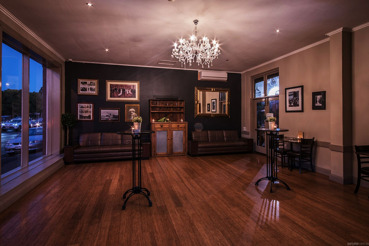 Royal Derby Hotel, Fitzroy, VIC. Function Room hire photo #4