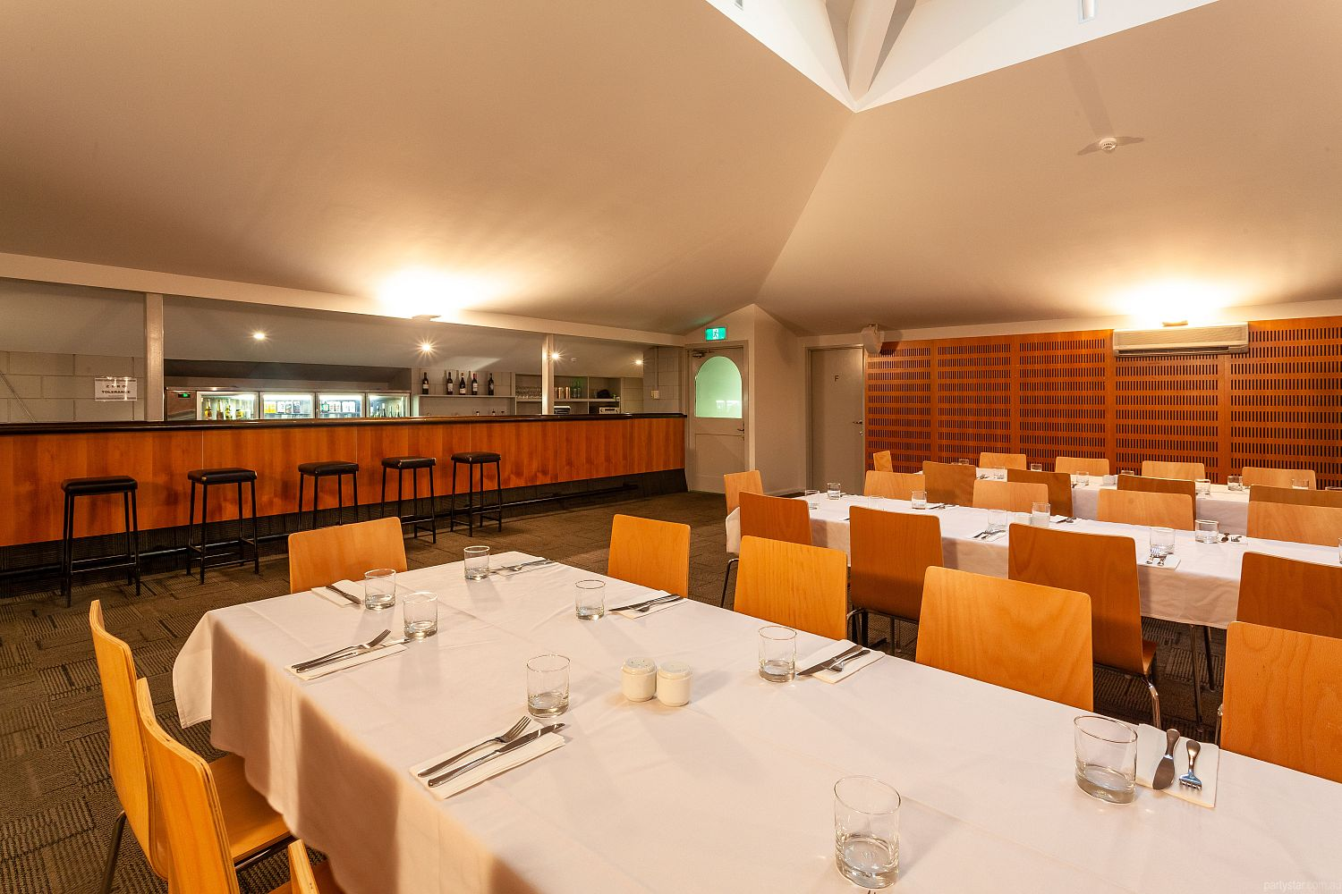 Mornington Inn, Mornington, TAS. Function Room hire photo #2