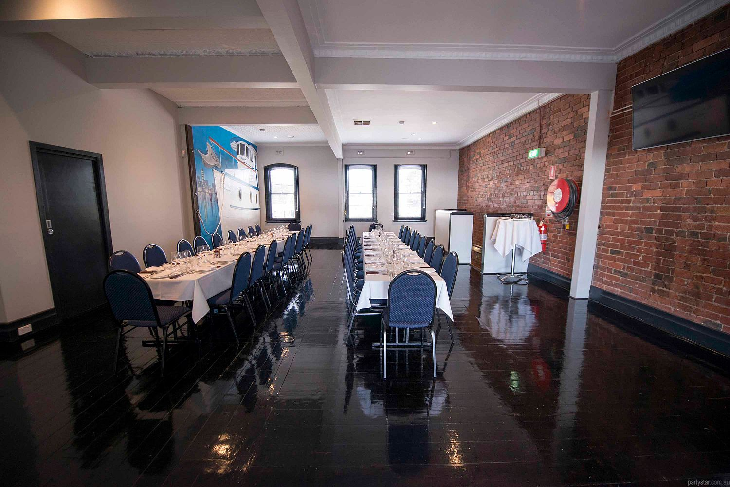 Wayside Inn, South Melbourne, VIC. Function Room hire photo #2