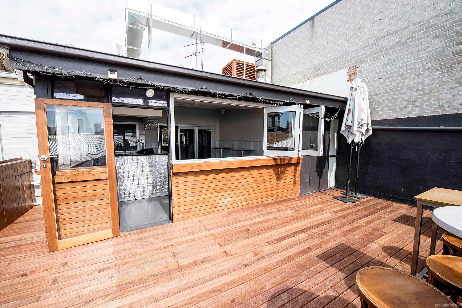 Wayside Inn, South Melbourne, VIC. Function Room hire photo #4