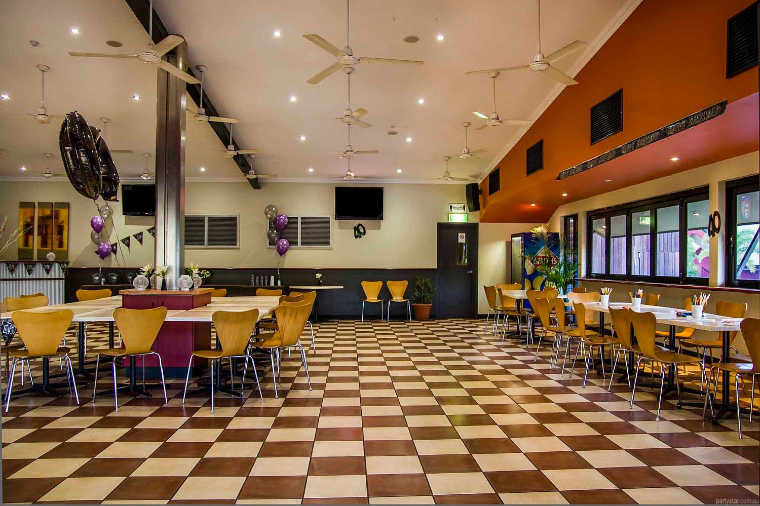 Airport Tavern, Jingili, NT. Function Room hire photo #4