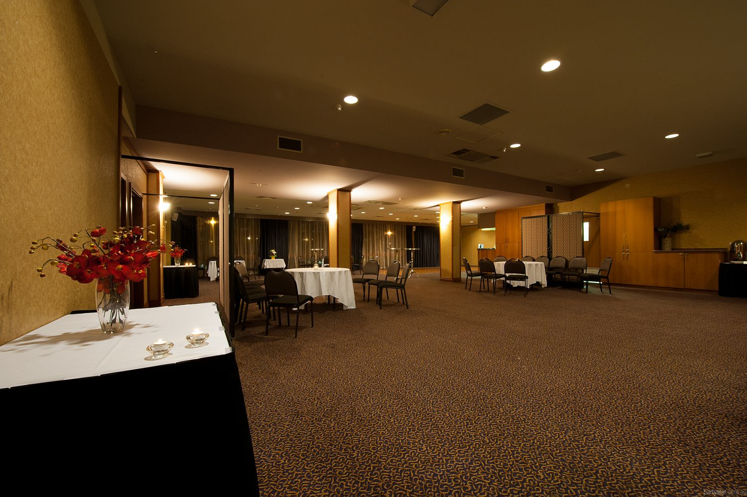 Southern Cross Club Woden, Woden, ACT. Function Room hire photo #2