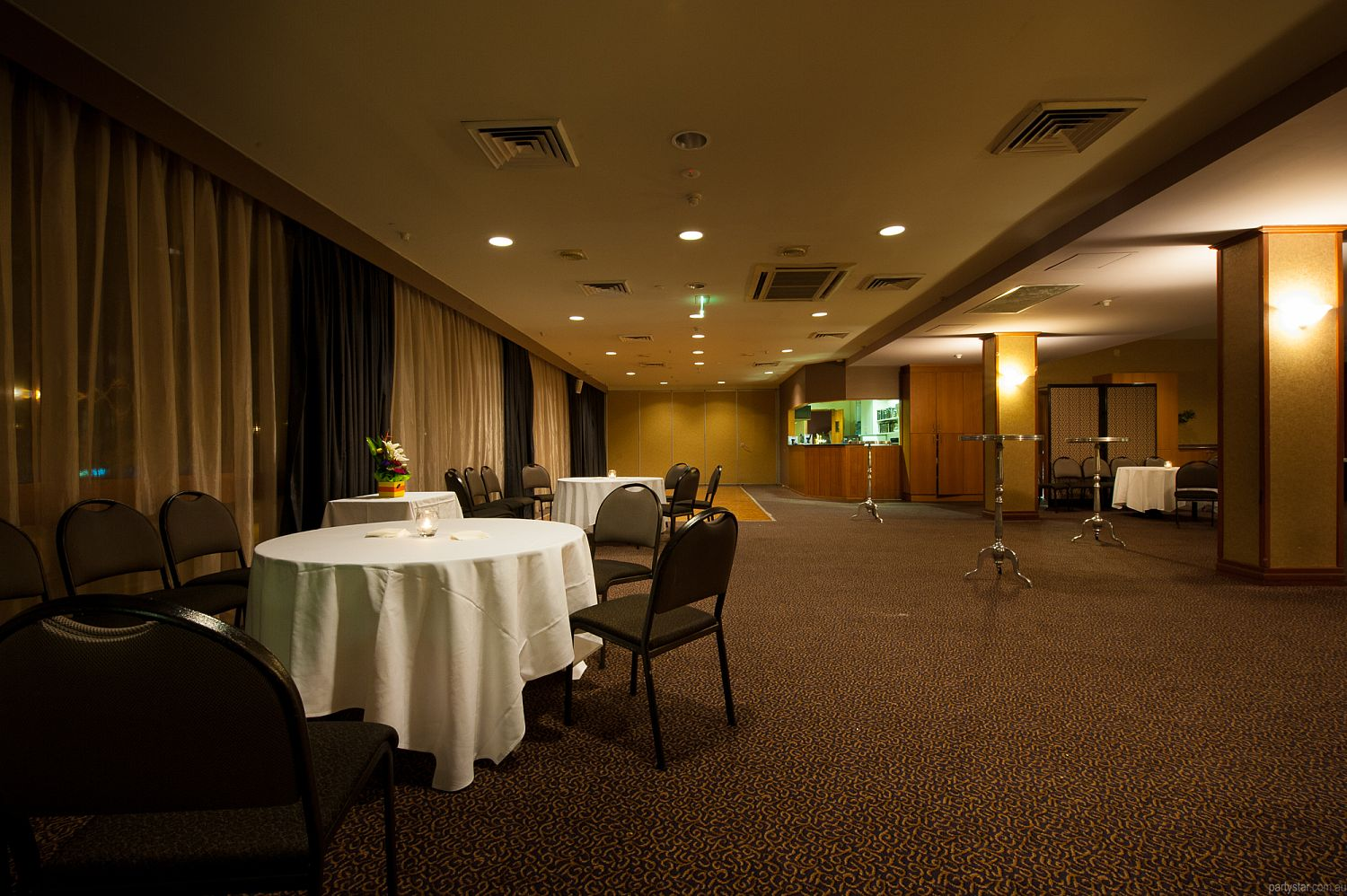 Southern Cross Club Woden, Woden, ACT. Function Room hire photo #3