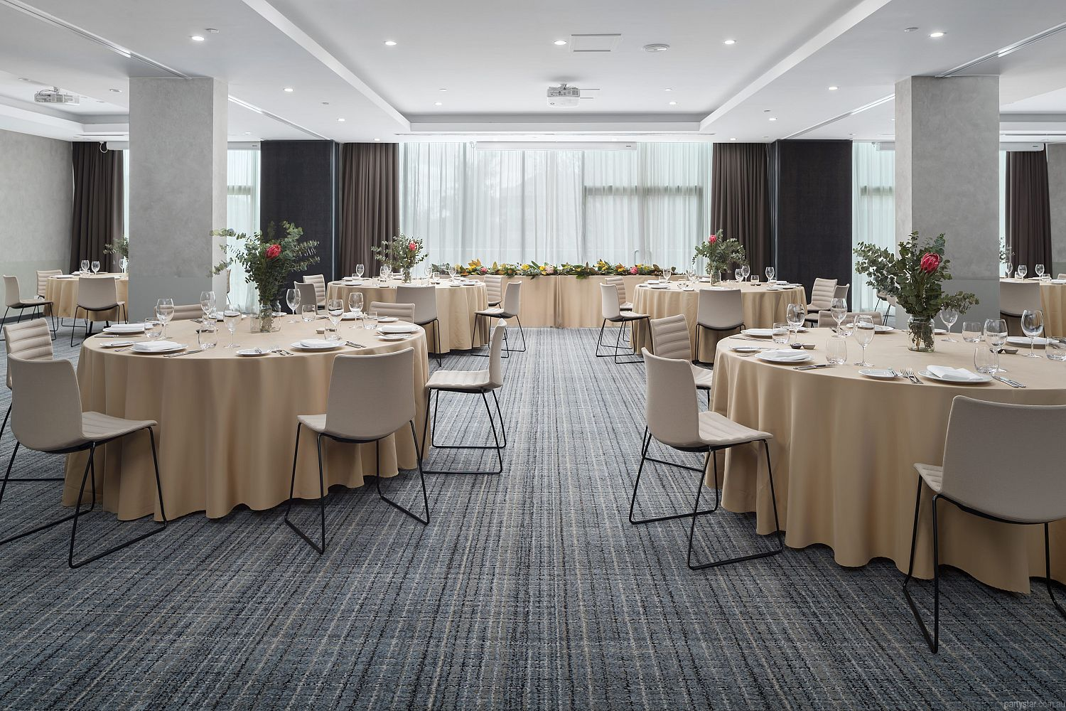 Rydges Canberra, Forrest, ACT. Function Room hire photo #4