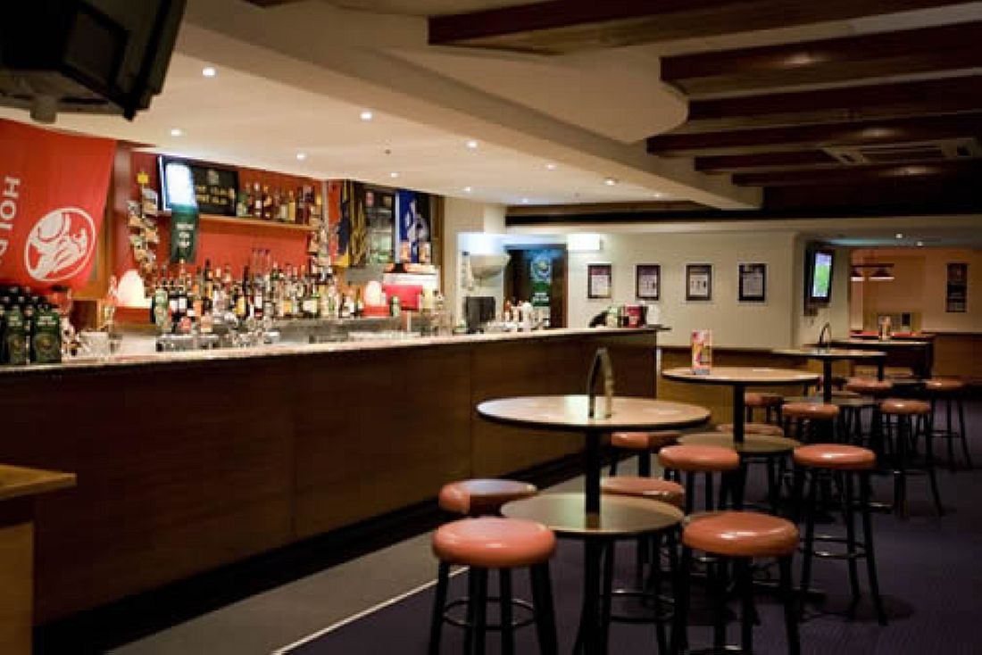 Victoria Hotel Melbourne Review And Details